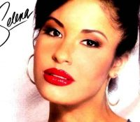 A wax figure of the late singer Selena Quintanilla has been unveiled