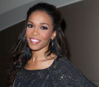 Michelle Williams checks into a mental facility